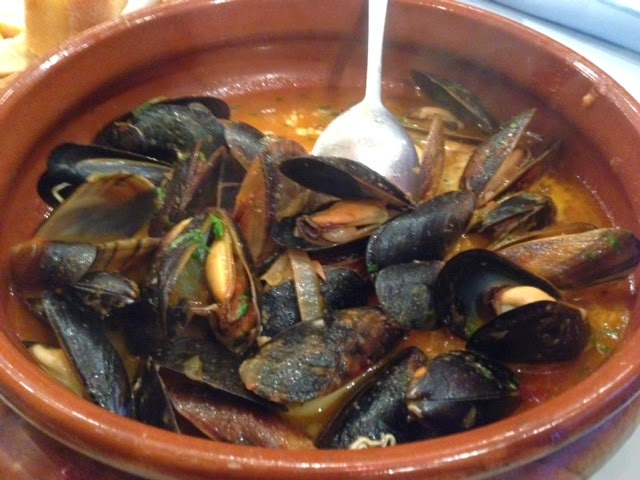 Moules with a Tomato and Garlic Sauce by Maria Kuehn